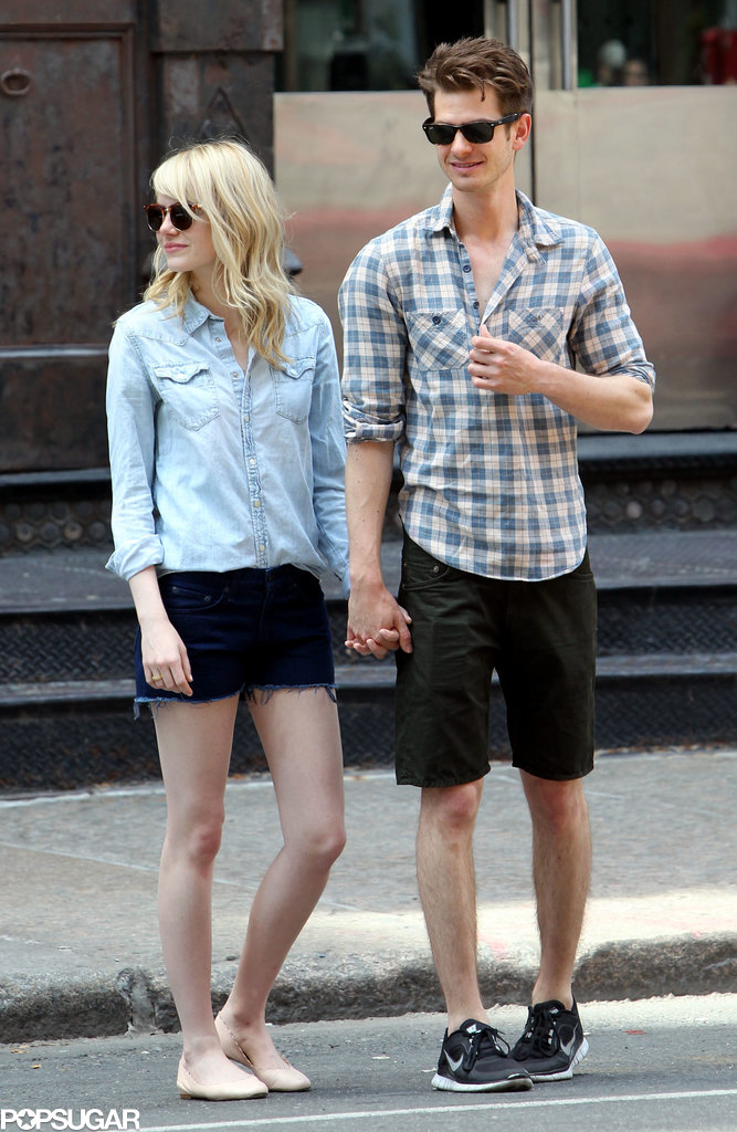 Emma Stone and Andrew Garfield stoo