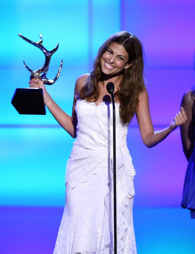 In 2008, Eva Mendes took home an award at the Guys Choice Awards.