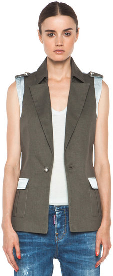 Laveer Ditch Vest in Army & Silver