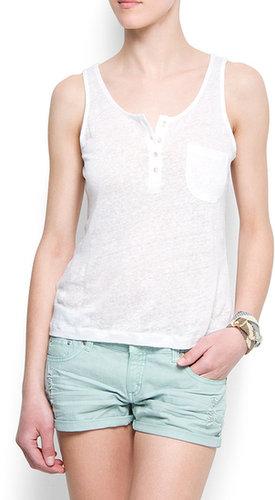 Sleeveless linen t-shirt