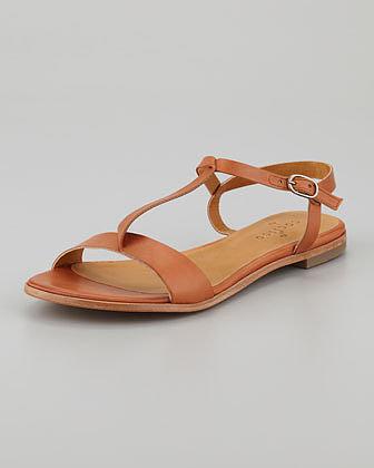 Coclico Nikki Folded T-Strap Sandal
