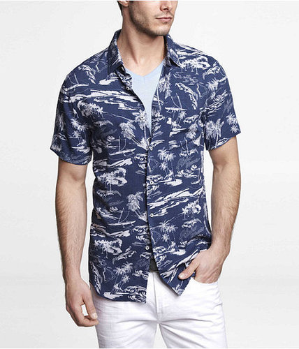 Fitted Short Sleeve Hawaiian Print Shirt