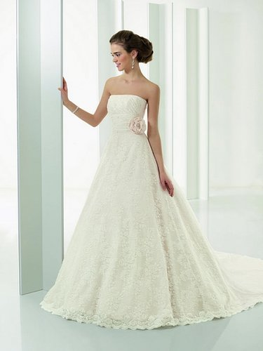 Lace A-Line Strapless Wedding Dress with Elegant Button Detailed Train ML4528