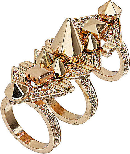 Opulenter Ring Mit Spikes