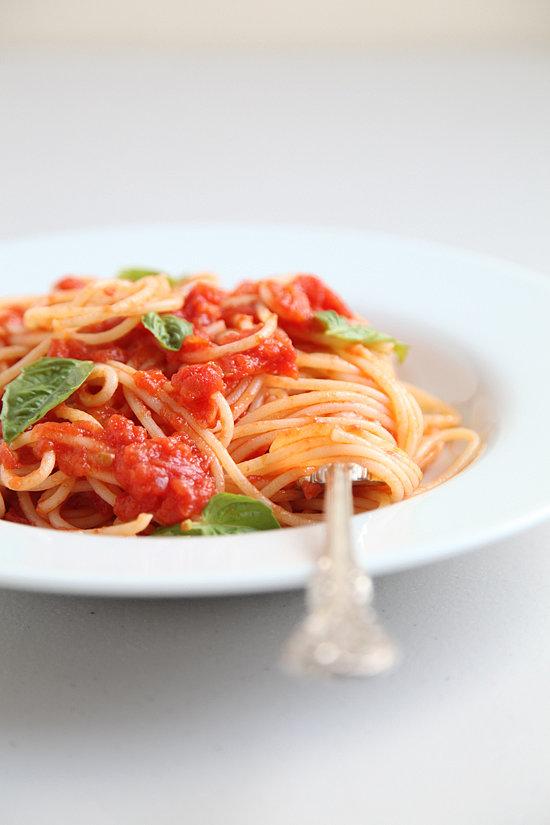 3-Ingredient Tomato Sauce