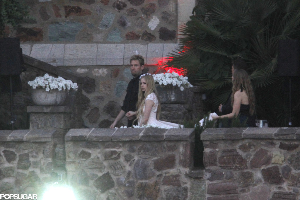Avril Lavigne and Chad Kroeger walked into their rehearsal dinner.