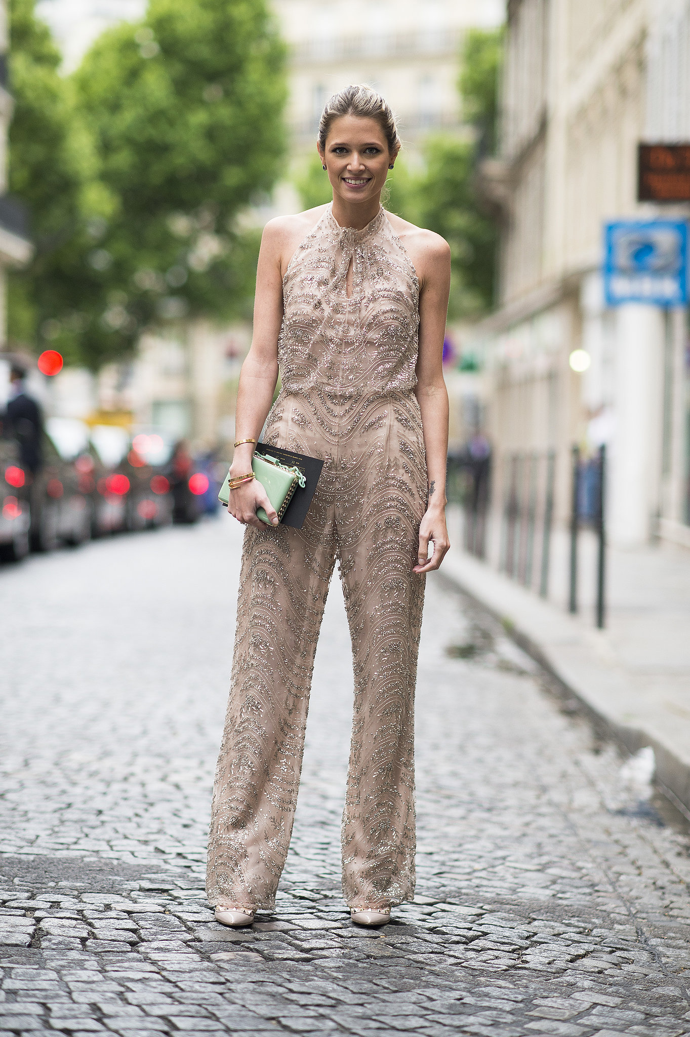 The chic jumpsuit can also be responsible for speeding up a morning routine: one piece and you're done! Source: Le 21ème