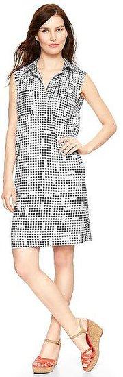 Dot print sleeveless shirtdress