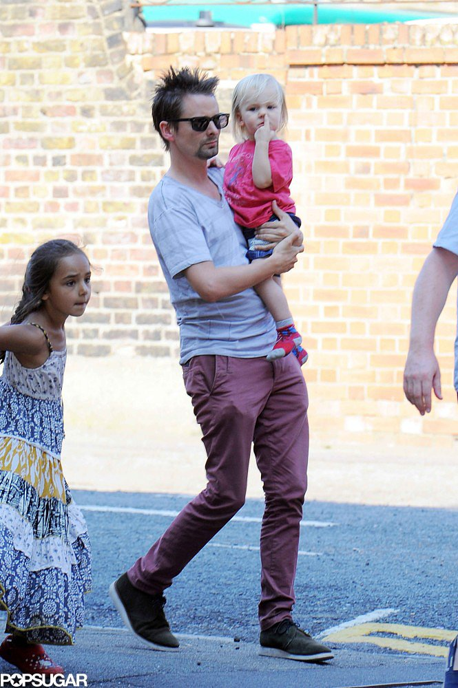 Matthew Bellamy took Bingham Bellamy to visit Kate Hudson on her London set.