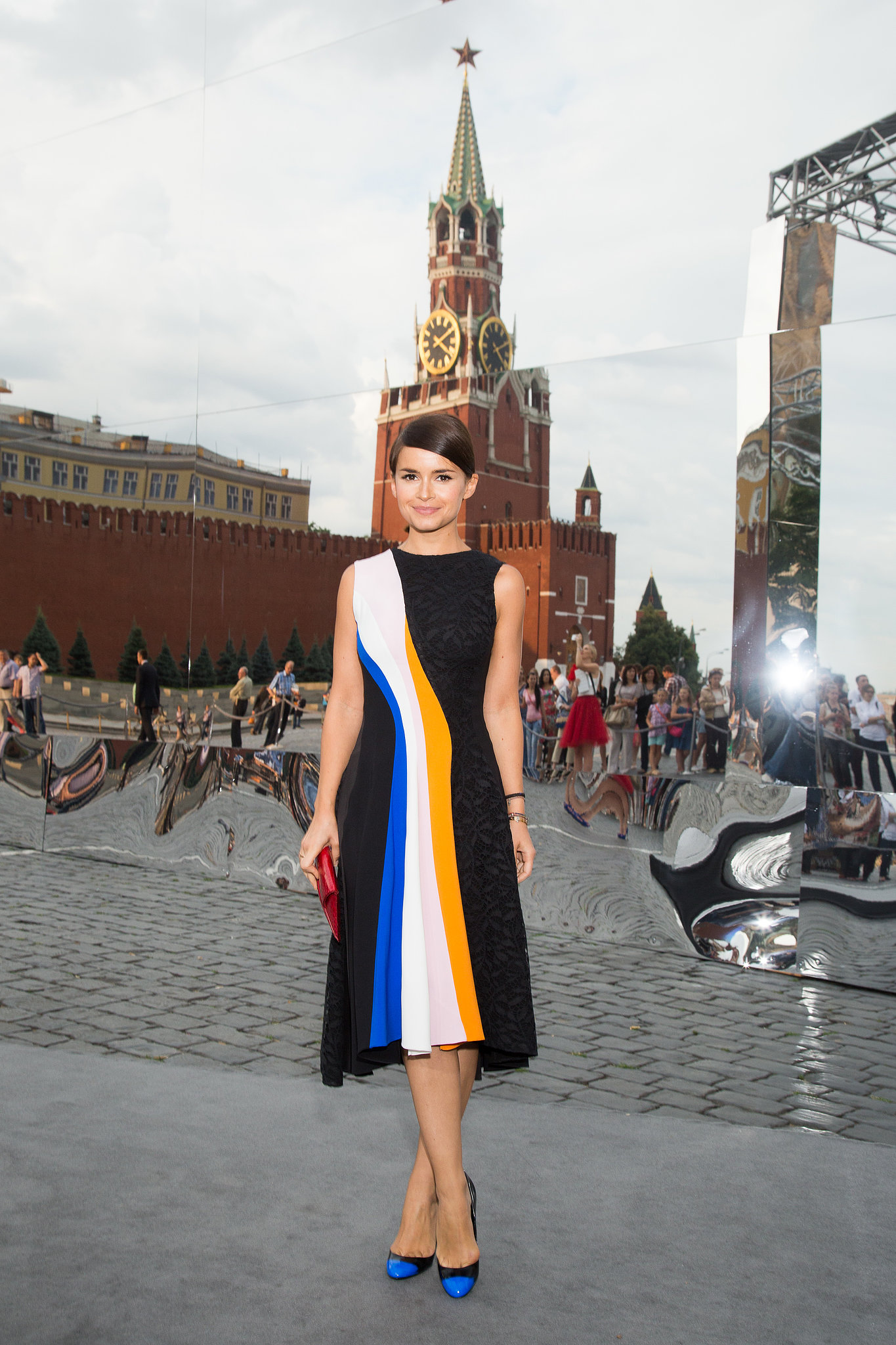 Mixing vibrant hues, Miroslava Duma stepped out for the Christian Dior Fall runway show in Moscow.