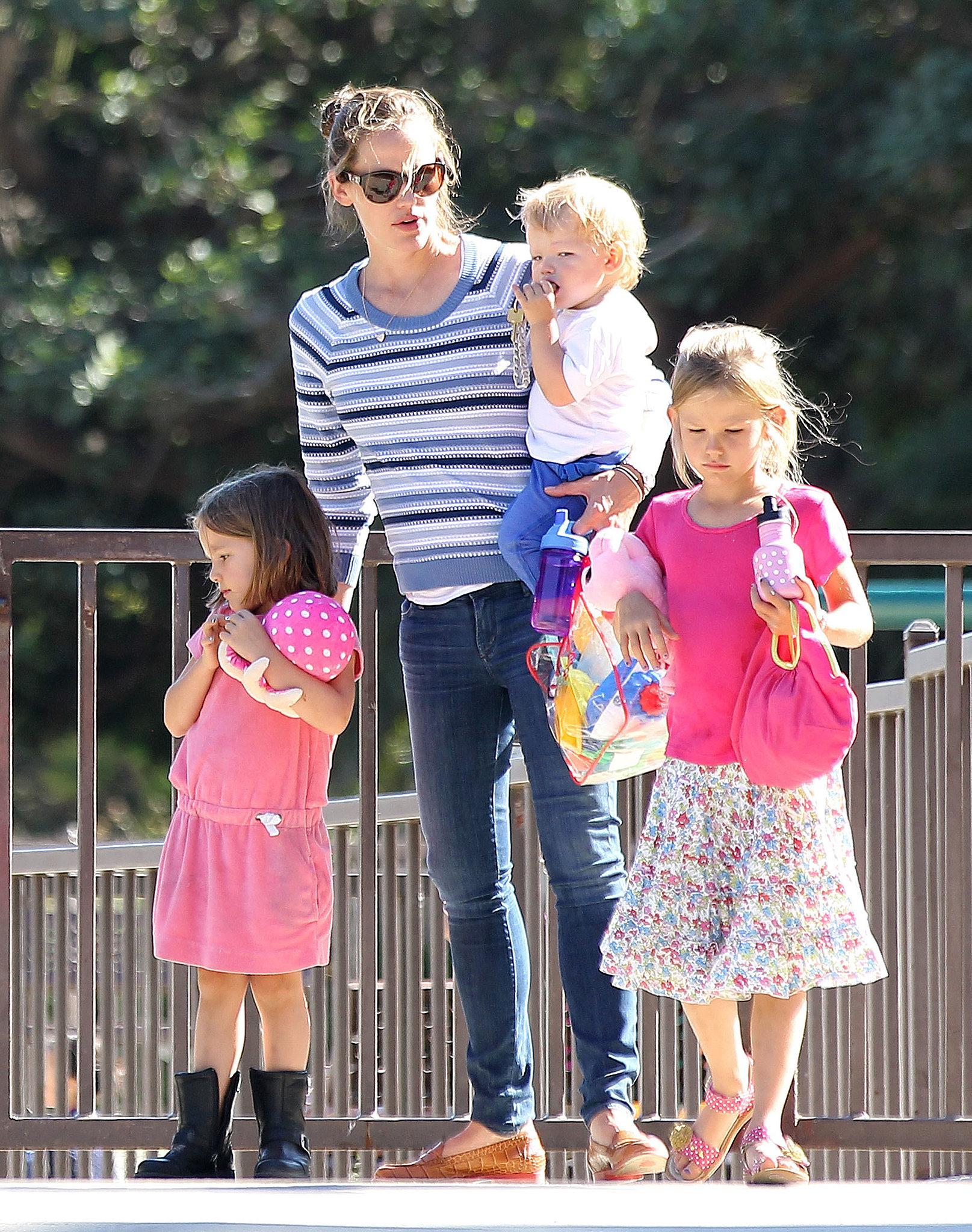 Jennifer Garner Has the World's Cutest Playdate With Her Kids
