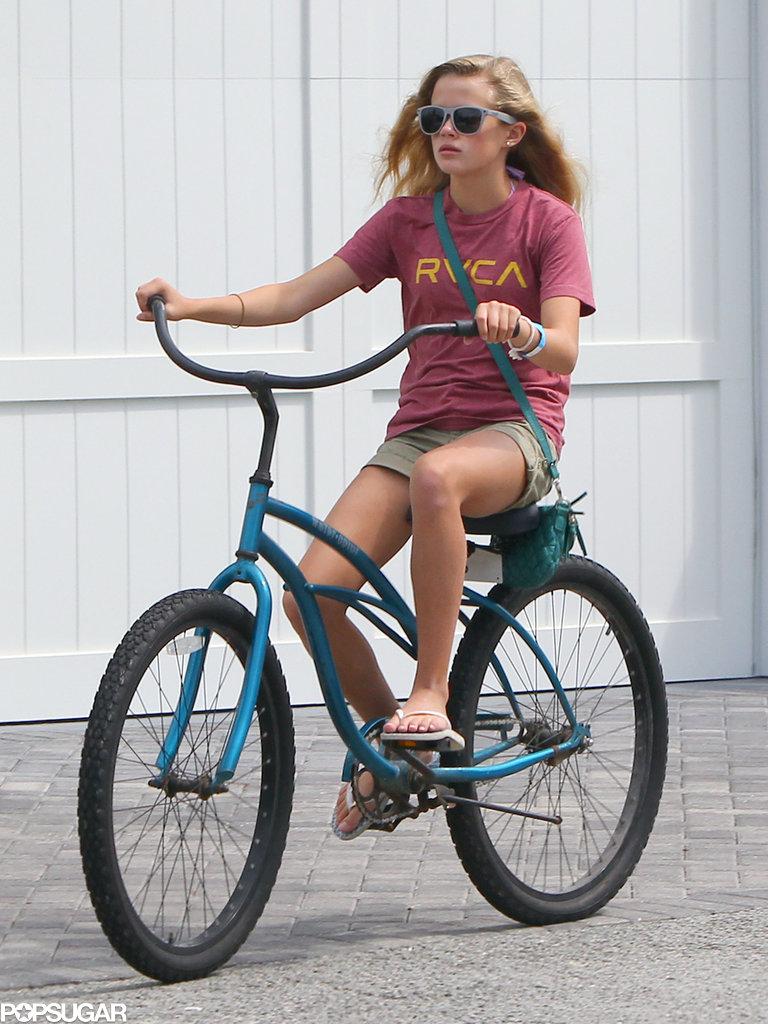 Ava Phillippe rode a bike.
