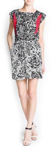 Guipure appliqués printed dress