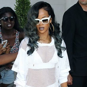 Rihanna With Gray Hair | Pictures
