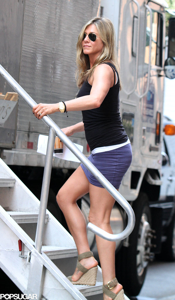 Jennifer Aniston Tries to Beat the Heat in NYC but Only Makes Things Hotter