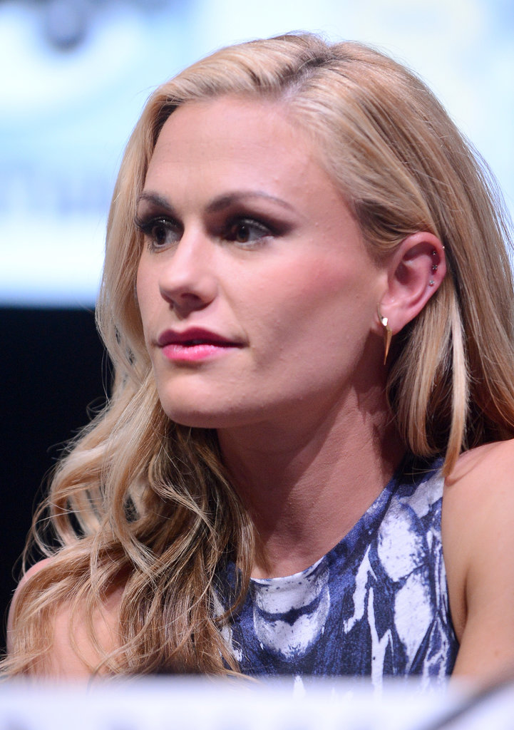 Anna Paquin donned a sultry smoky eye at Comic-Con.