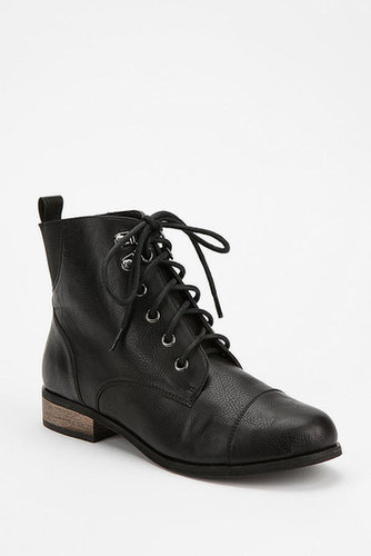 BDG Chelsea Lace-Up Boot