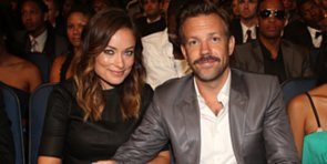 Video: Jason Sudeikis Quits SNL, but He's Hotter Than Ever!