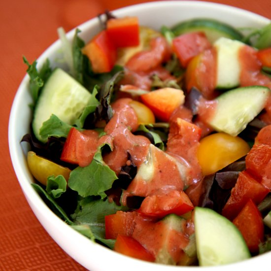 This Fruity Twist on Balsamic Vinaigrette Is Low in Cals and Big on Tangy Flavor