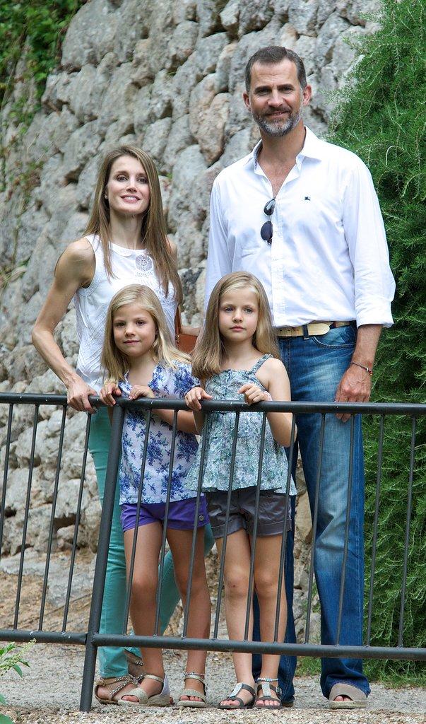 Royal Tourists