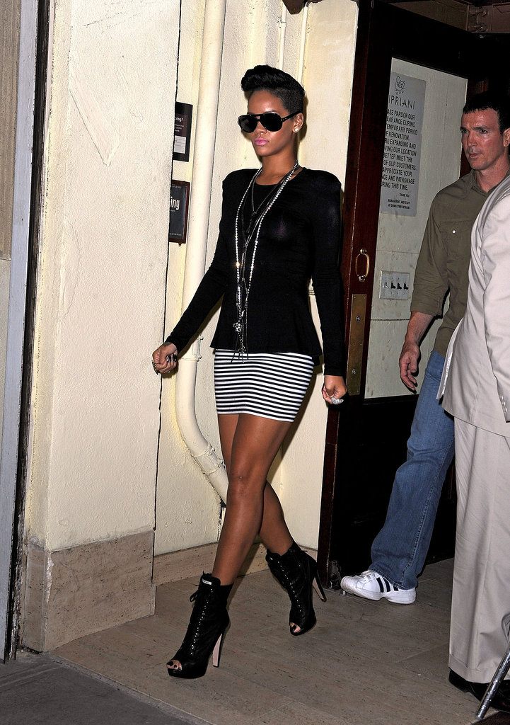 The punk-rock princess put her own twist on black and white, styling a striped bandage mini with open-toe booties and a slew of statement necklaces while leaving Cipriani restaurant in New York City in 2009.