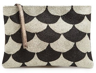 TOUCH - Scallop pattern metallic clutch