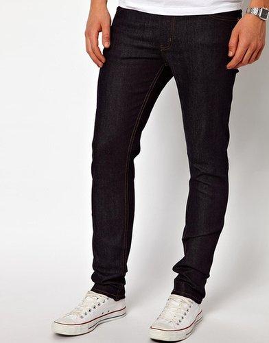 Cheap Monday – Eng geschnittene Jeans