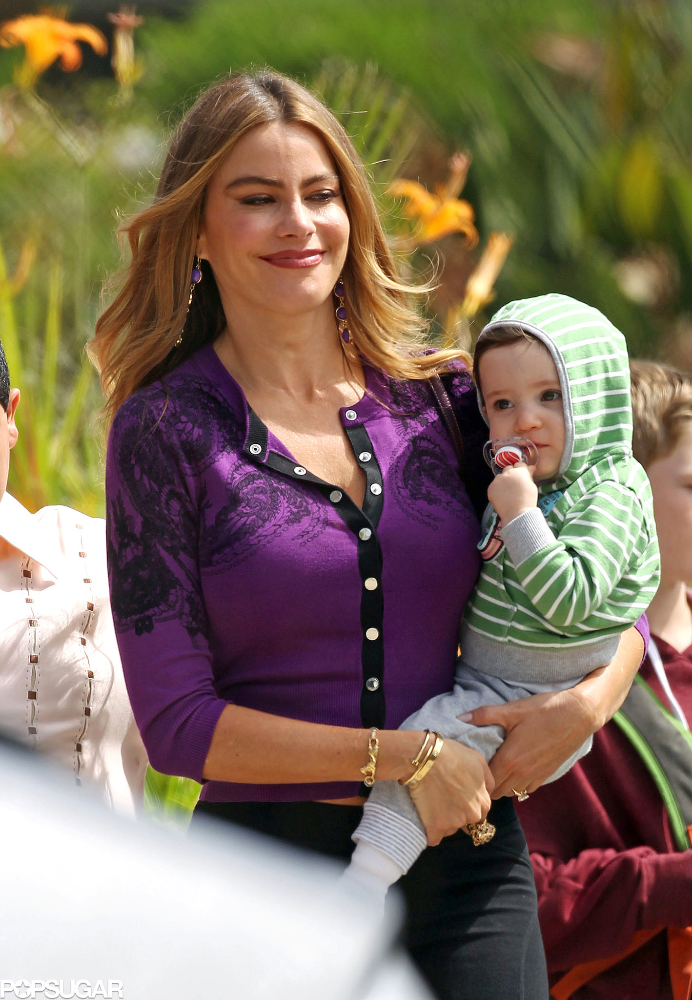Sofia Vergara held her TV baby while filming Modern Family in LA.