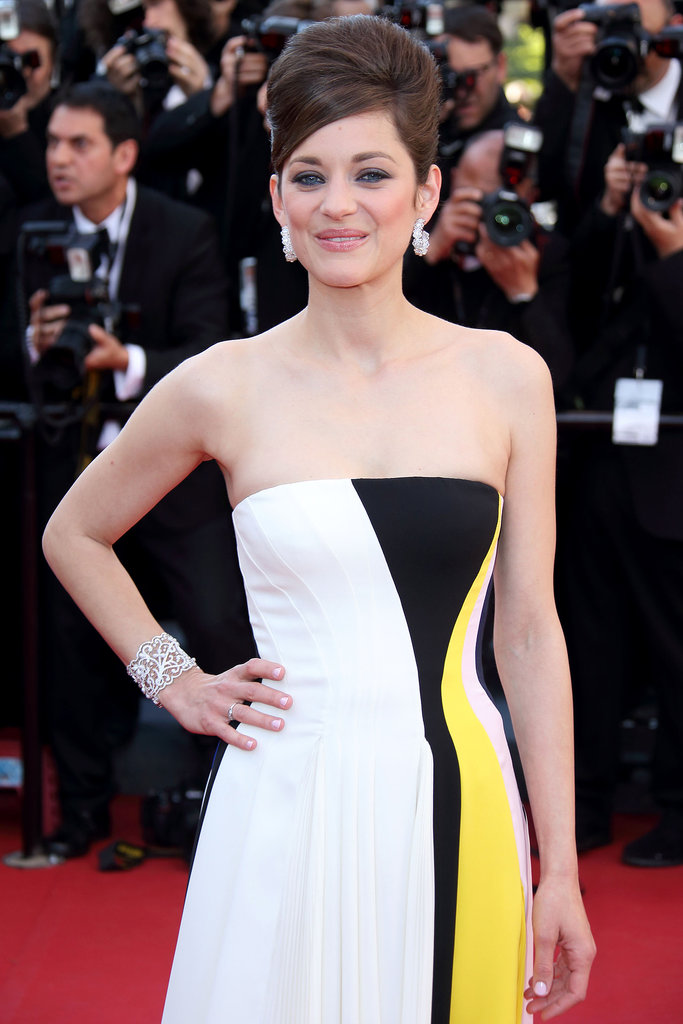 Marion Cotillard will play Lady Macbeth, replacing Natalie Portman in the latest film adaptation of Shakespeare's classic tragedy Macbeth. She'll star opposite Michael Fassbender as the titular antihero.