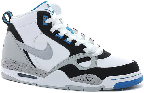 Nike Flight 13 Trainers