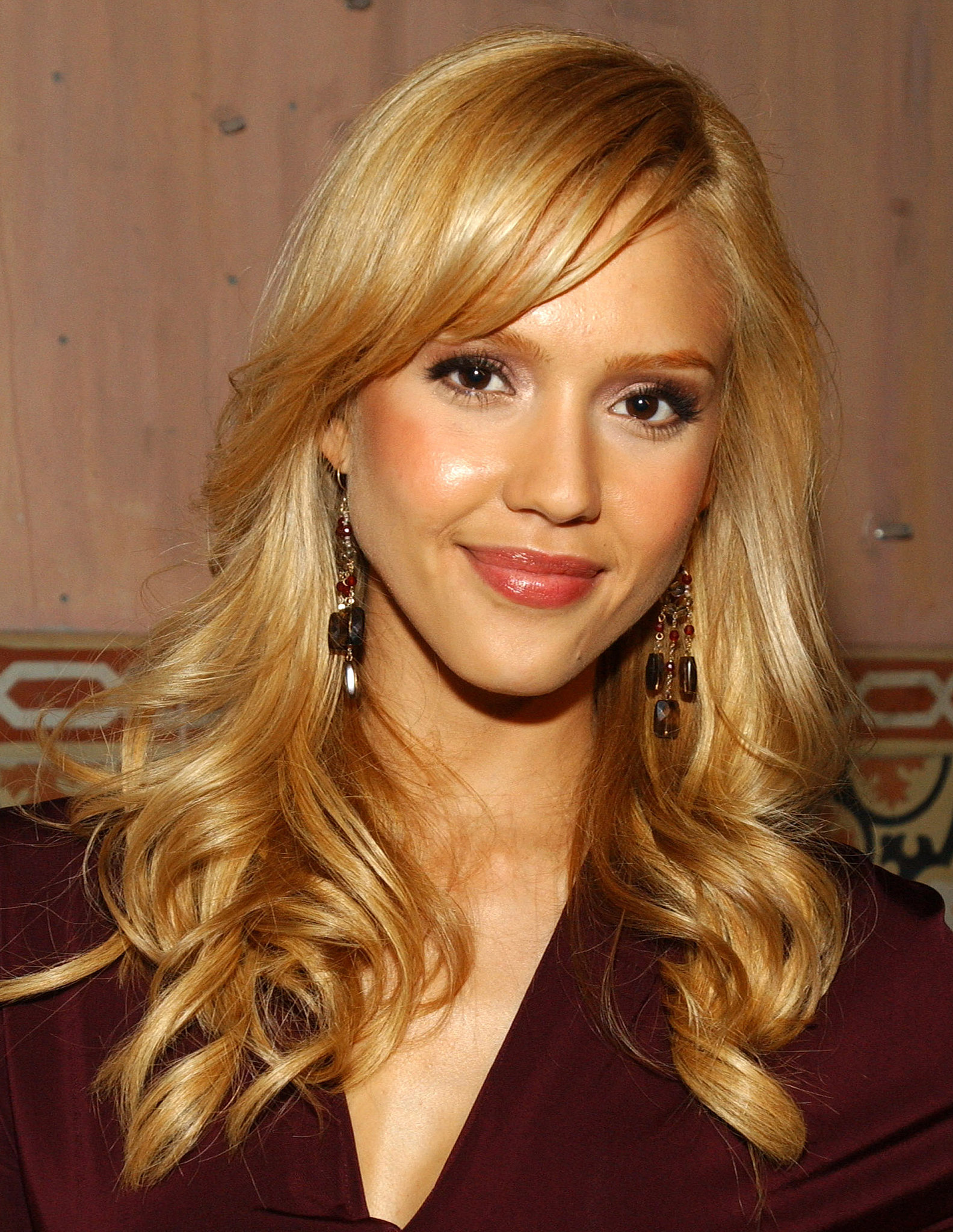 Jessica Alba Blonde Highlights 2013 Gm6fo