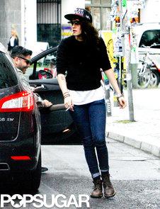 Kristen-Stewart-wore-jeans-sweater-Berlin