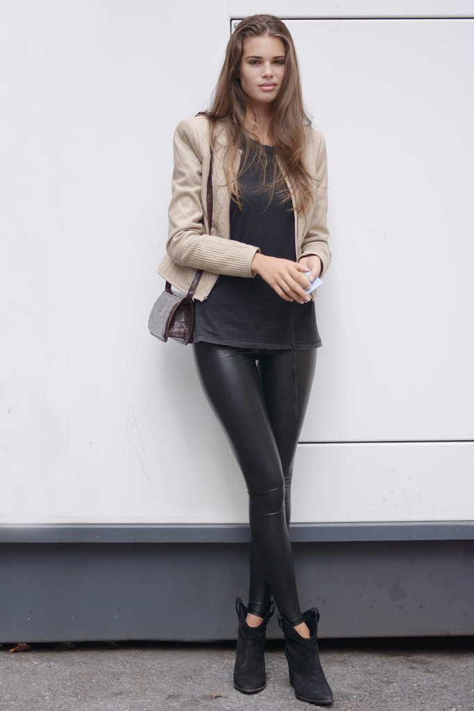 We'll never tire of this cool-girl outfit formula — leather skinnies and a pair of ankle booties.