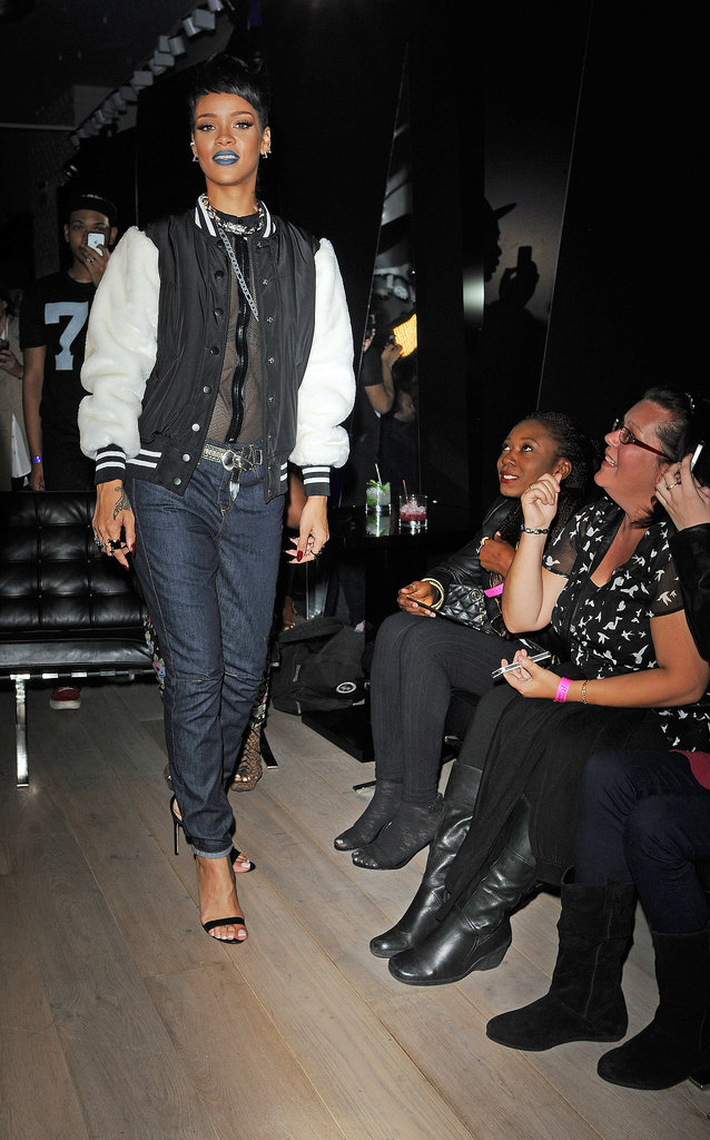 Blue-Lipped Rihanna Gets Supermodel Support