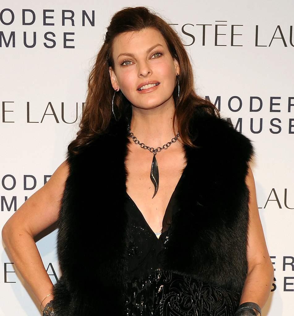 Linda Evangelista showed off her layered locks with an easy half-updo.