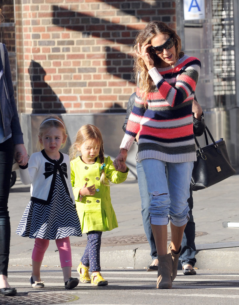 Sarah Jessica Parker brought her twin daughters, Loretta and Tabitha Broderick, to school in NYC.