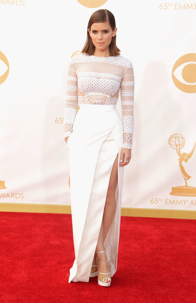 Kate Mara picked crisp white J. Mendel with a high slit that flashed some gams. For sparkle, she added an Irene Neuwirth ring.