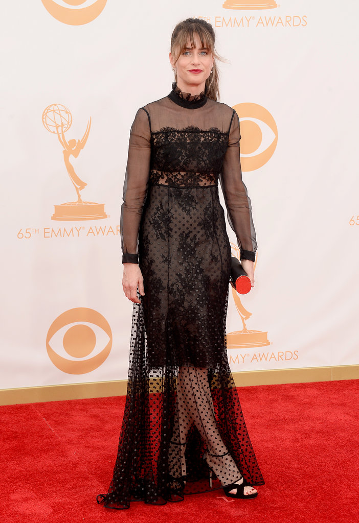 Amanda Peet hit the red carpet for the Emmys.
