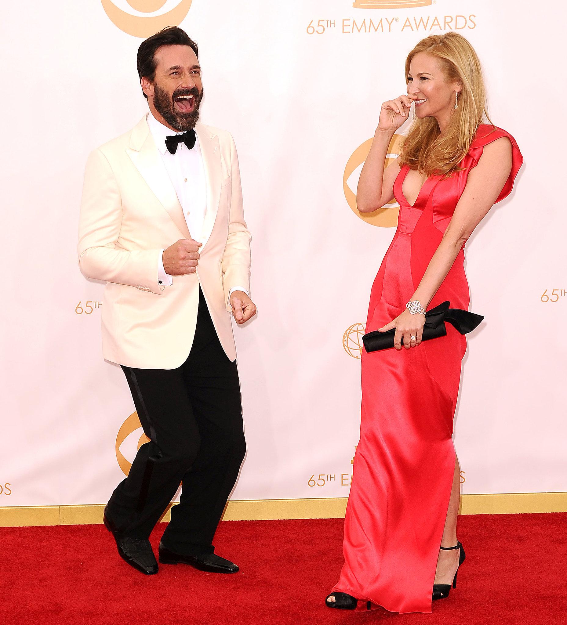 Jon Hamm and Jennifer Westfeldt cracked each other up during the red carpet.