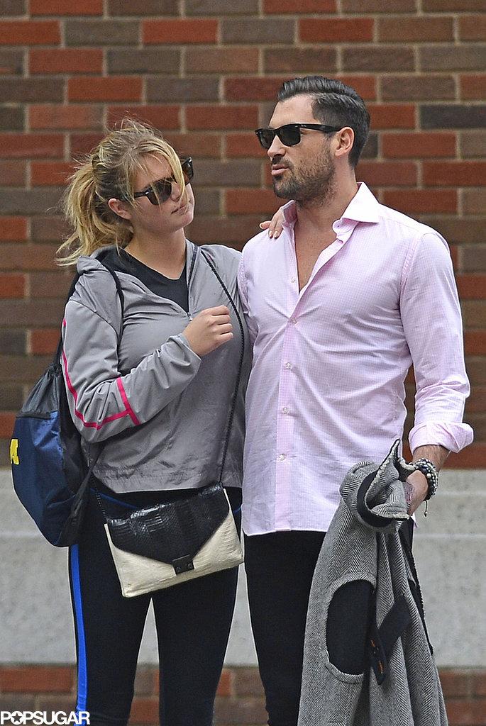 Kate Upton and Maksim Chmerkovskiy are dating.