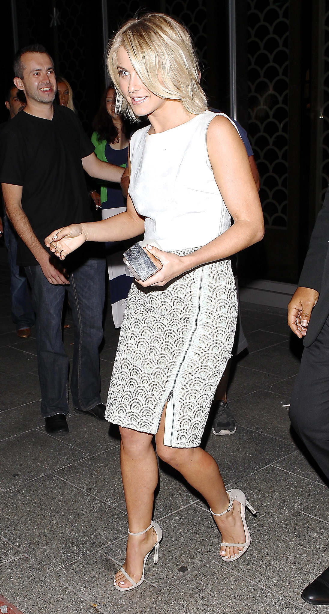 During a night out in LA, Julianne Hough paired a Houghton top with a Catherine Malandrino skirt and matching ankle-strap sandals. The result was nothing short of chic.