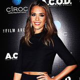 Jessica Alba Crop Top Style | Video
