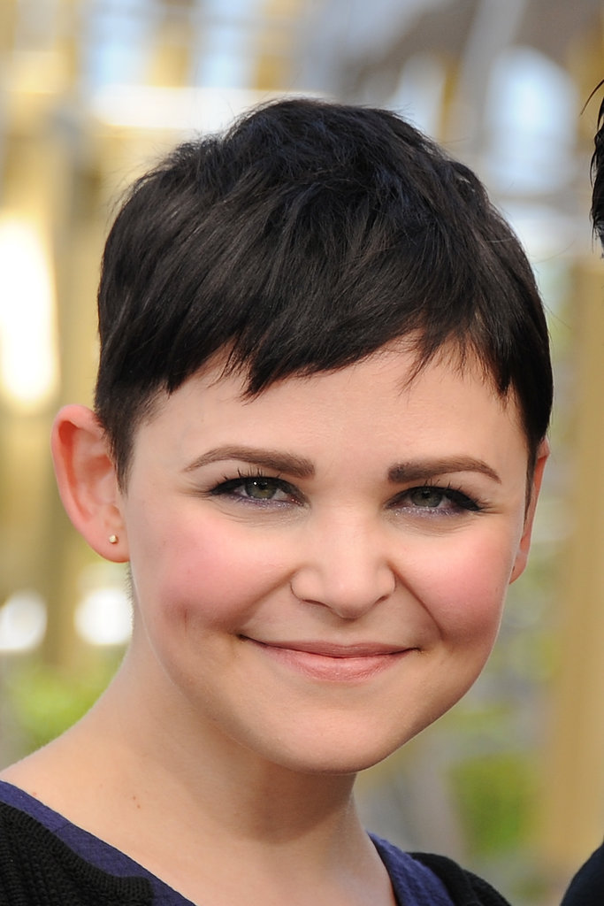 Ginnifer opted for shimmering purple liner on her water line for her most recent appearance on Extra last month.