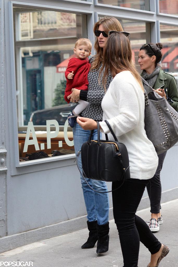 Gisele Bündchen and Vivian Brady went shopping in NYC.
