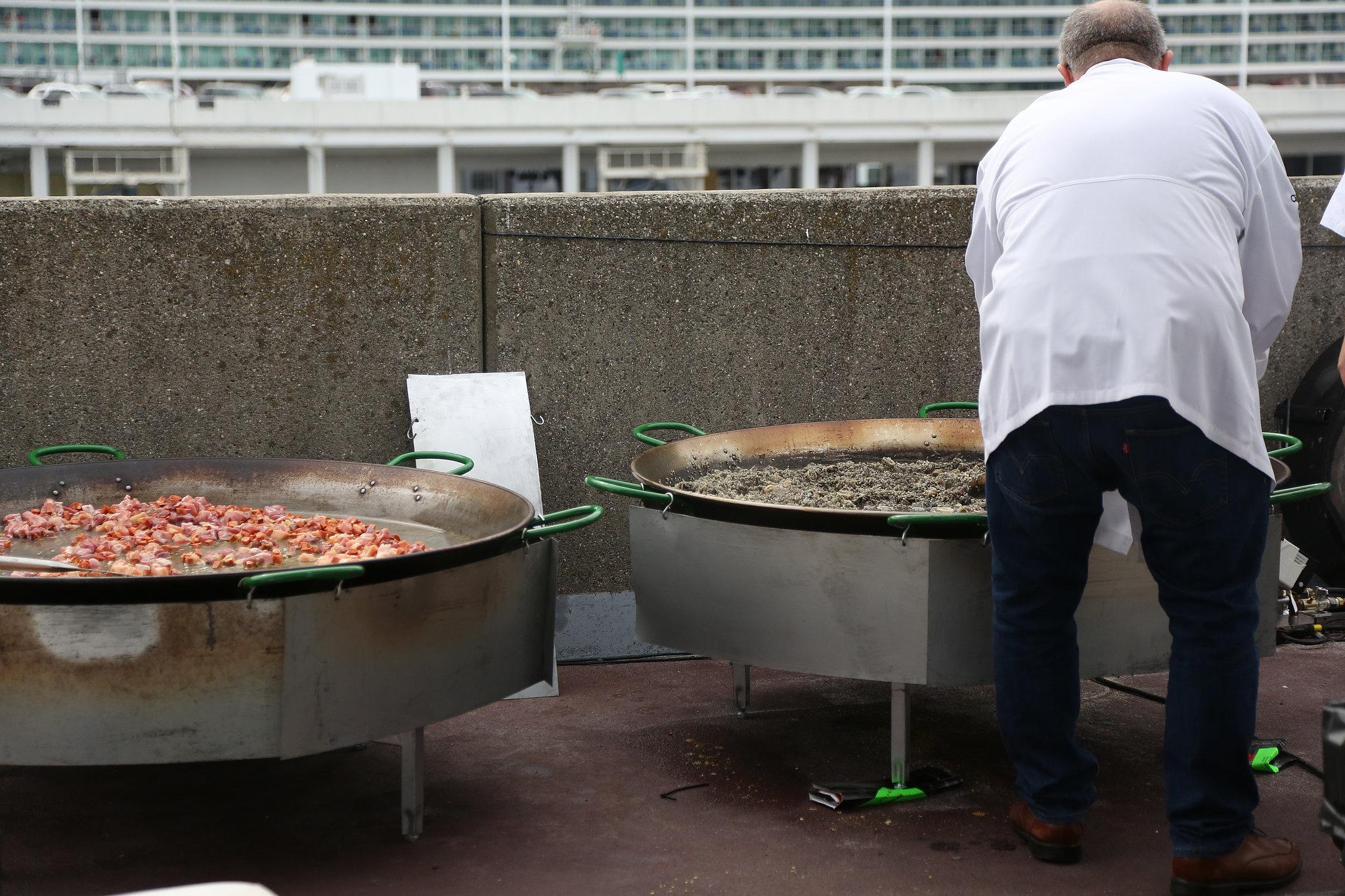Giant Paella Pans