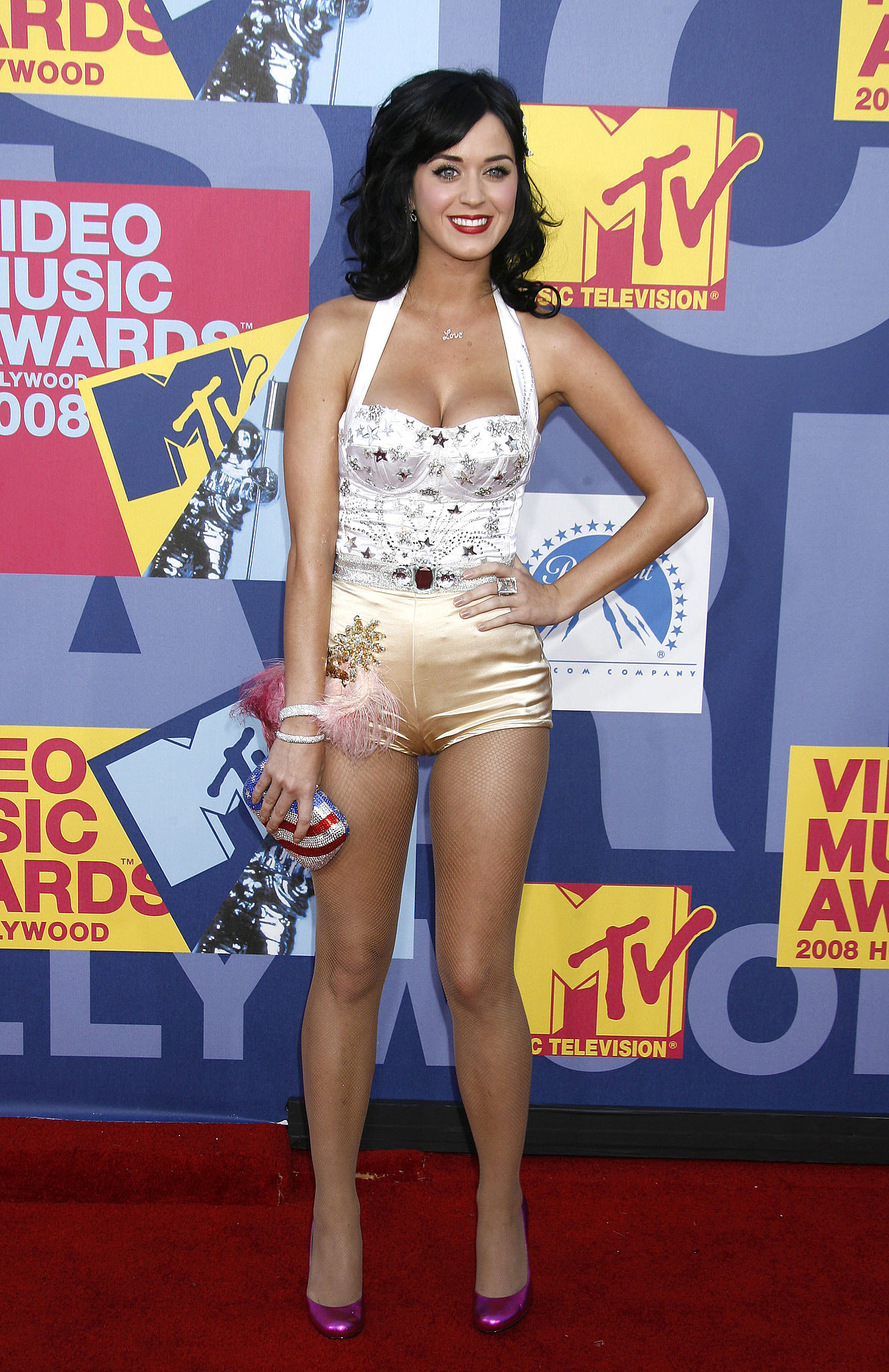 Katy Perry stepped onto the red carpet at the September 2008 MTV Music Awards at Paramount Pictures Studio in LA.