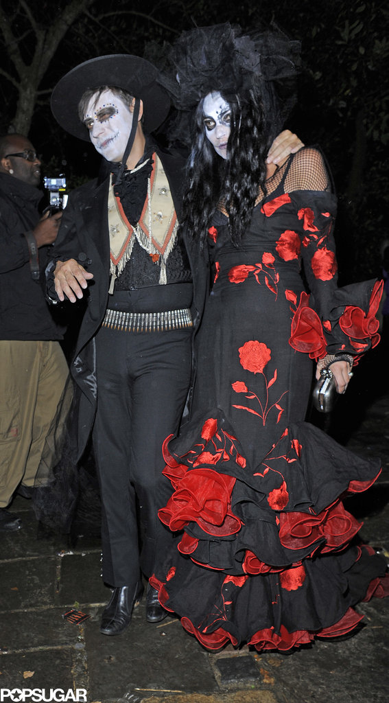 Kate Moss and Jamie Hince attended Jonathan Ross's Halloween party in London.