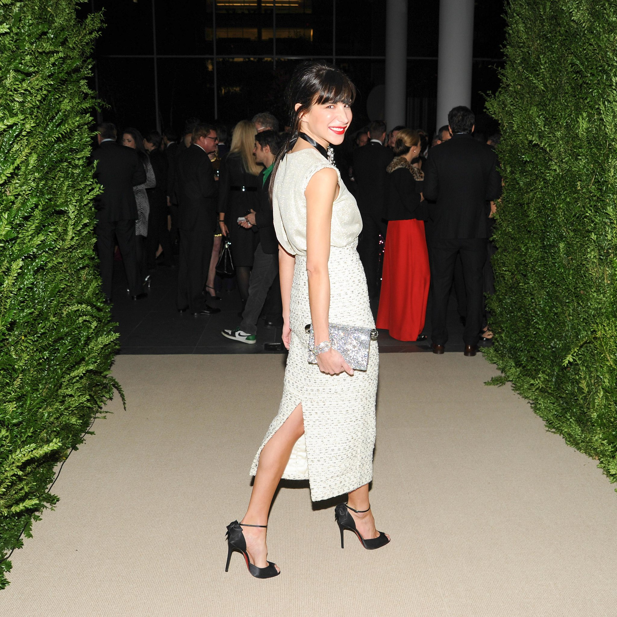Caroline Sieber arrived for the MoMA bash in a high-contrast ensemble.