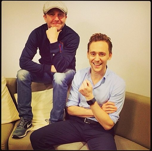 Tom Hiddleston stopped for a chat with Nerdist's Chris Hardwick while promoting his new film, Thor: the Dark World. Source: Twitter user YahooMovies