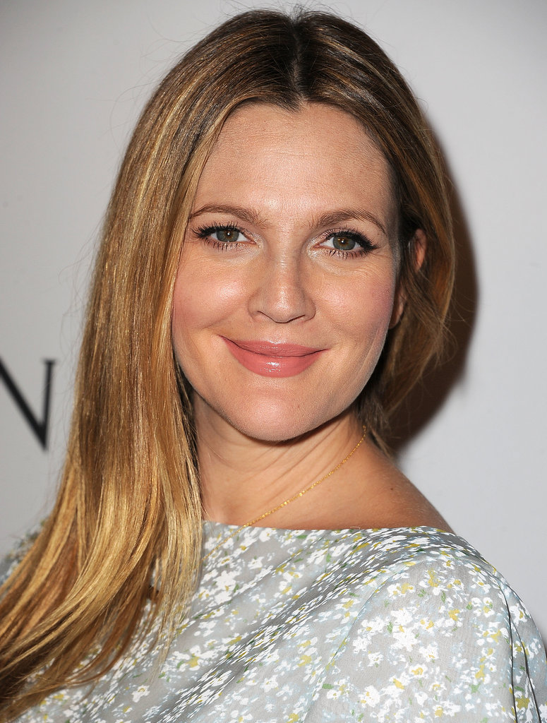 Drew Barrymore's sleek blowout and natural makeup were ace at the second annual Baby2Baby Gala.